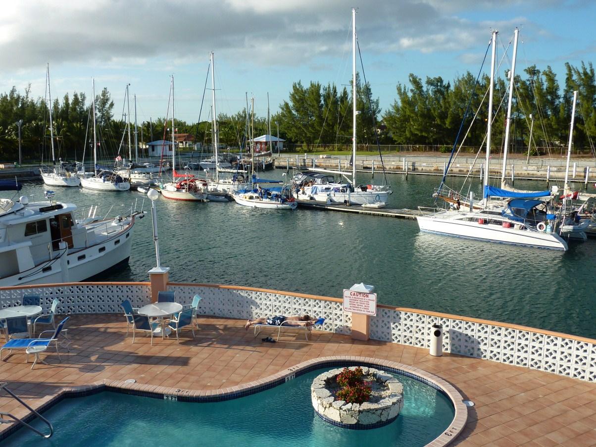 sunrise_resort_and_marina_bahamas.jpg